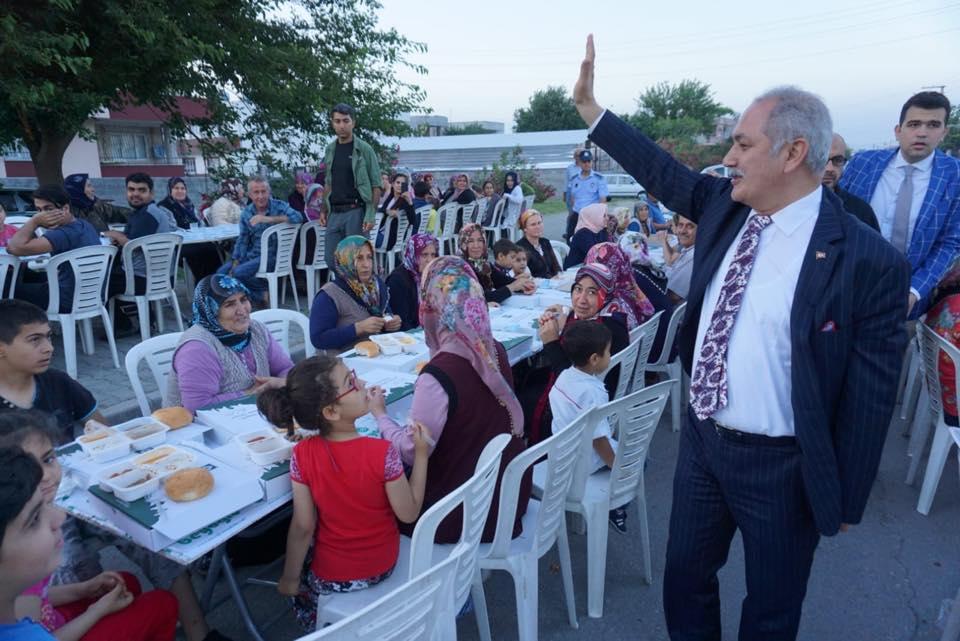 OSMANİYE BELEDİYESİ'NİN MAHALLE İFTARLARI DEVAM EDİYOR