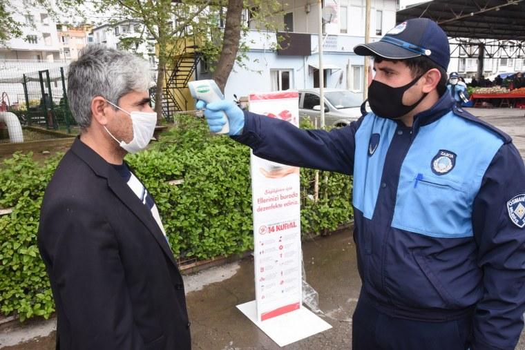 OSMANİYE BELEDİYESİ SEMT PAZARLARINA DEZENFEKTE İSTASYONLARI KURDU